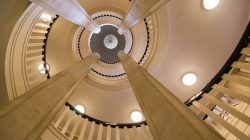 stairs-794354_1280
